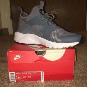 Nike Huarache Run Ultra Shoes